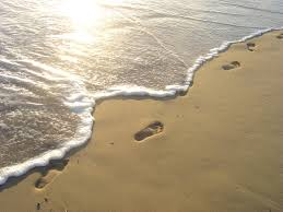 Beach_footprints